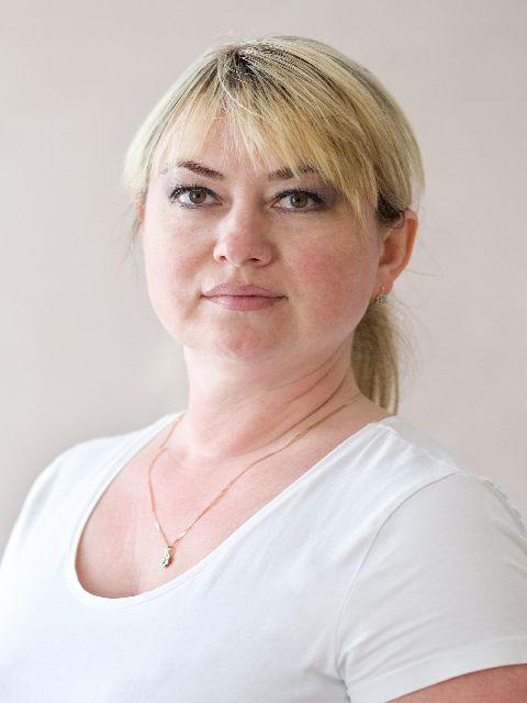 Irena Cozari
